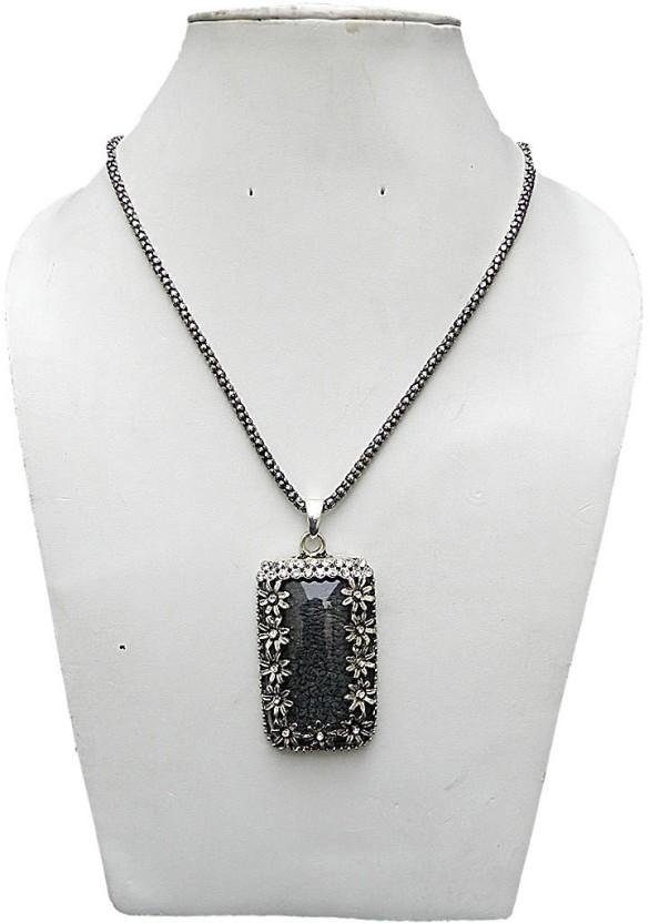 trendeela.com Shreshtha Rectangular Motif Black Silver Plated Black Silver Alloy Pendant Set
