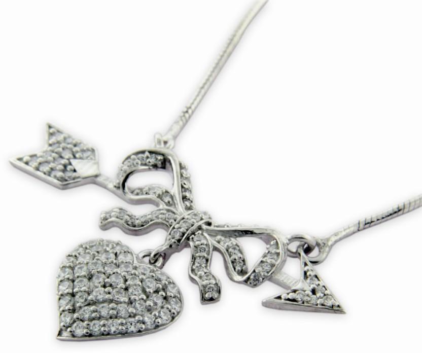 Treta Fashionable Heart Shape Silver Pendant