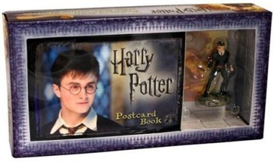 Harry Potter Postcard Book with Limited Edition Harry Potter Figure