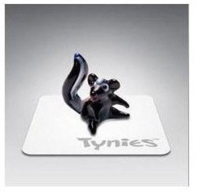 Tynies Joy The Skunk Miniature Glass Figurine