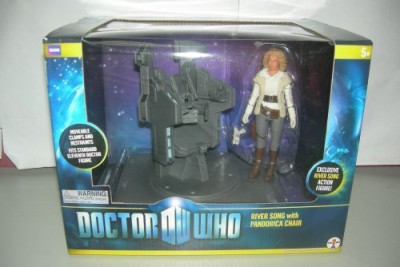 Underground Toys Sdcc 2011 Dr Who River Song With Pandorica Chair