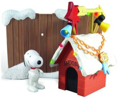 Round 2 LLC Peanuts Snoopy Lighted Christmas Doghouse With Poseable
