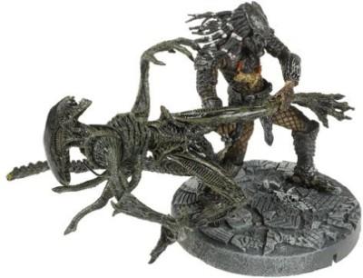 McFarlane Toys Alien Vs Predator Celtic Predator Throws Alien