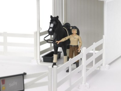 Bruder Small Horse Stable With Horse And Womanwhite