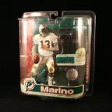 Sports Picks Dan Marino / Miami Dolphins...