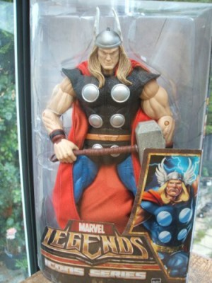 Hasbro Marvel Legends Icons Series - Thor