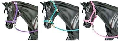 Breyer Nylon Halter With Lead Ropethree Colors