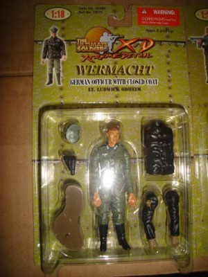 21st Century Toys Ultimate Soldier Xd Wermacht German Officer With Closed