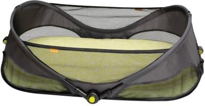 Baby Bucket Brica Fold N, Go Travel Bassinet-Green Folding sleeping bag Plain