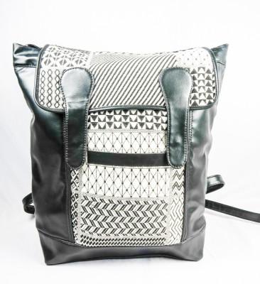 Harp Noir 15 L Medium Backpack