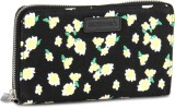 United Colors of Benetton Women Canvas W...