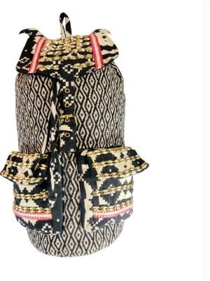 Praniti Black &White Combination Pr-028 10 L Backpack
