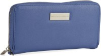 United Colors of Benetton Long wallet with zip and wristlet Backpack