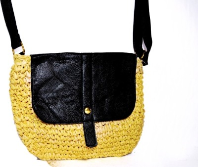 MISS QUEEN Sling Bag