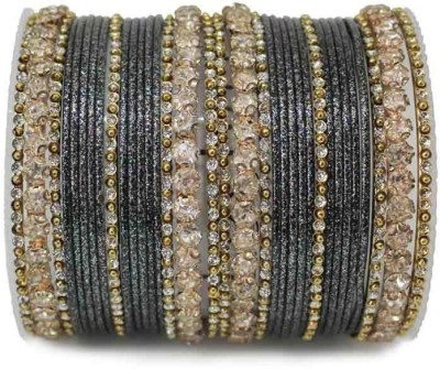 Leshya Brass Bangle Set