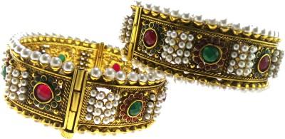 Modish Look Alloy Bracelet Set