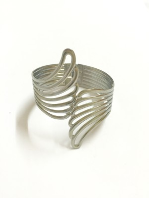 creativityXchange Metal Bangle