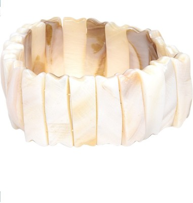 Golden Petals Shell Bracelet