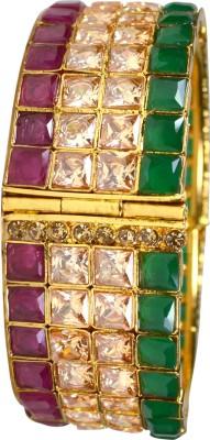 Pearl Paradise Brass Yellow Gold Bracelet