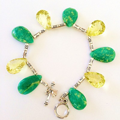 DG Metal Quartz, Agate Charm Bracelet