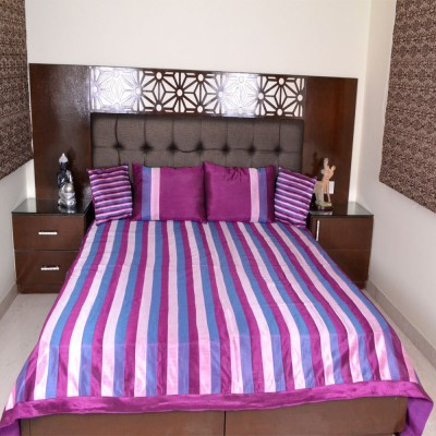 Shilpbazaar Polycotton Double Bed Cover(Multicolor, 1 Bed Cover, 2 Pillow Covers, 2 Cushion Covers)