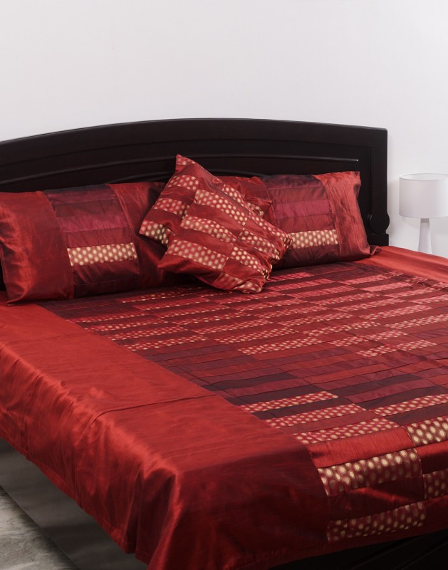 Kalasansar Polyester, Cotton Double Bed Cover(Red, Bed Cover, Pillow Covers)