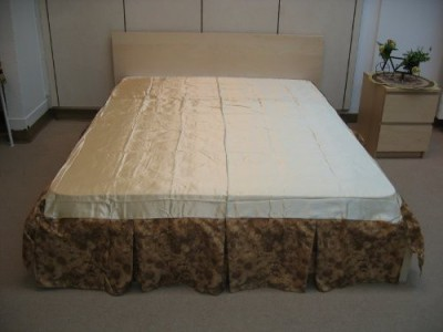 DaDa Bedding Size Bed Skirt(Beige)