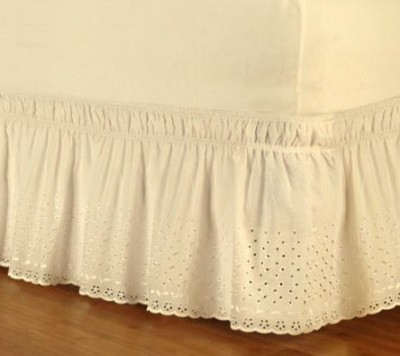 Dainty Home Size Bed Skirt