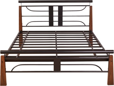 HomeTown Diamond Metal Queen Bed