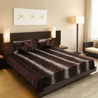 A,la Mode Creations Velvet Bedding Set