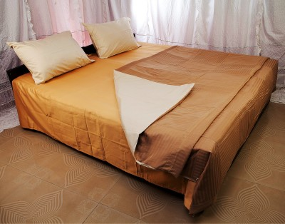 Tangia Chekmait Cotton Bedding Set