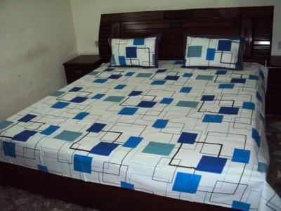 Cuckoo Cotton Geometric Queen sized Double Bedsheet