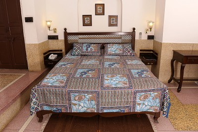 Soundarya Cotton Printed Queen sized Double Bedsheet