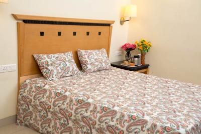 Linen Wings Cotton Floral Double Bedsheet