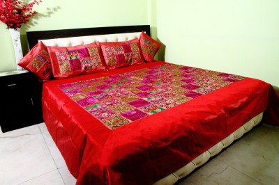 Shiva Solutions Silk Blend Abstract King sized Double Bedsheet