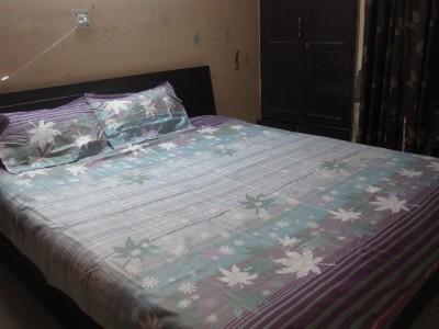 AyushFabrics Cotton Striped Double Bedsheet