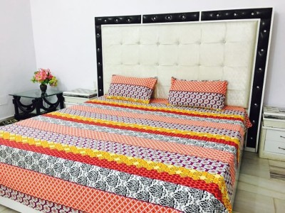 Reliable Trends Cotton Floral Double Bedsheet