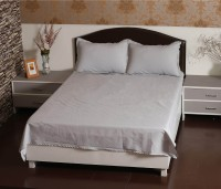 Aalidhra Polyester Silk Blend Plain Queen sized Double Bedsheet(1 Double Bedsheet and Two Poillow Covers, Grey)