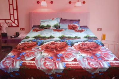 SHOP ON Cotton Silk Blend 3D Printed Double Bedsheet