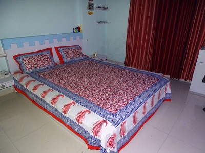 RK Raag Rang Cotton Floral Queen sized Double Bedsheet