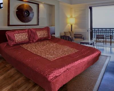 Rangasthali Satin Abstract Double Bedsheet