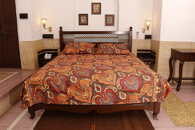 Soundarya Cotton Printed Double Bedsheet