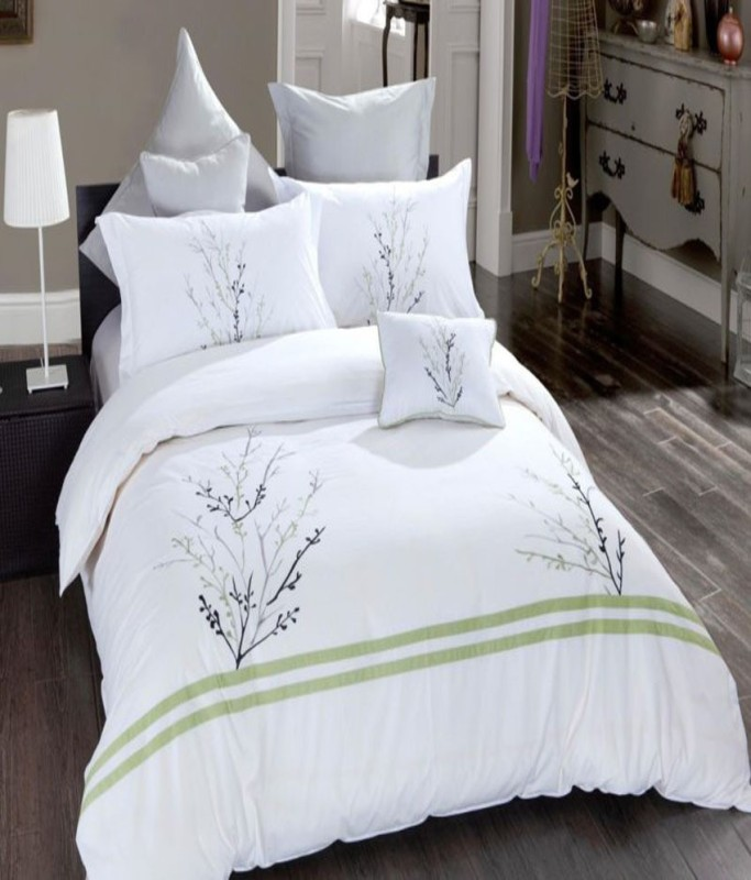 Bella King Cotton Duvet Cover(White, Green)