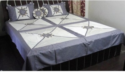 Pallavi Furnishings Polycotton Geometric King sized Double Bedsheet
