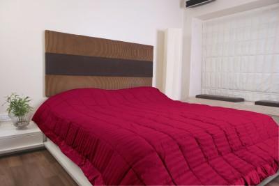 KIAANA USA Striped Double Quilts & Comforters Maroon