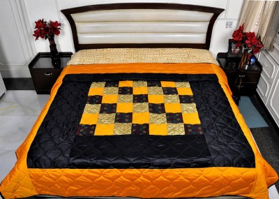 Lal Haveli Abstract Double Quilts & Comforters Multicolor