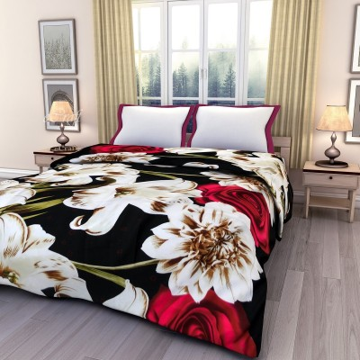 eCraftIndia Floral Double Blanket Red, Green and White