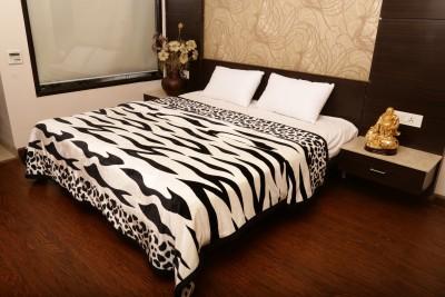 Tima Animal Double Blanket Black