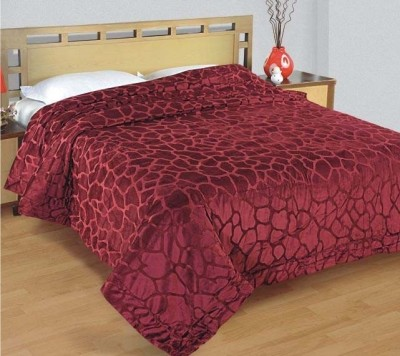 Zyne Abstract Double Quilts & Comforters Maroon