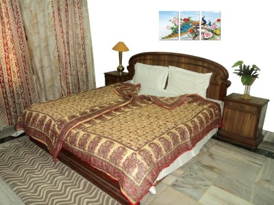 Amita Home Furnishing Floral Single Quilts & Comforters Red